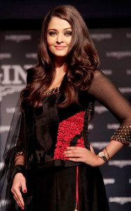 Aishwarya Rai Bachchan Photo(image), Birthdate, Height, Age, Daughter, Net Worth, Biography, Eyes, Family, Husband, Wedding, Brother, Father, History, Twitter, Instagram, Facebook, Imdb, Wiki (1 (34)