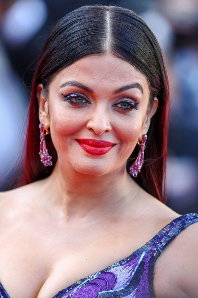Aishwarya Rai Bachchan Photo(image), Birthdate, Height, Age, Daughter, Net Worth, Biography, Eyes, Family, Husband, Wedding, Brother, Father, History, Twitter, Instagram, Facebook, Imdb, Wiki (1 (36)