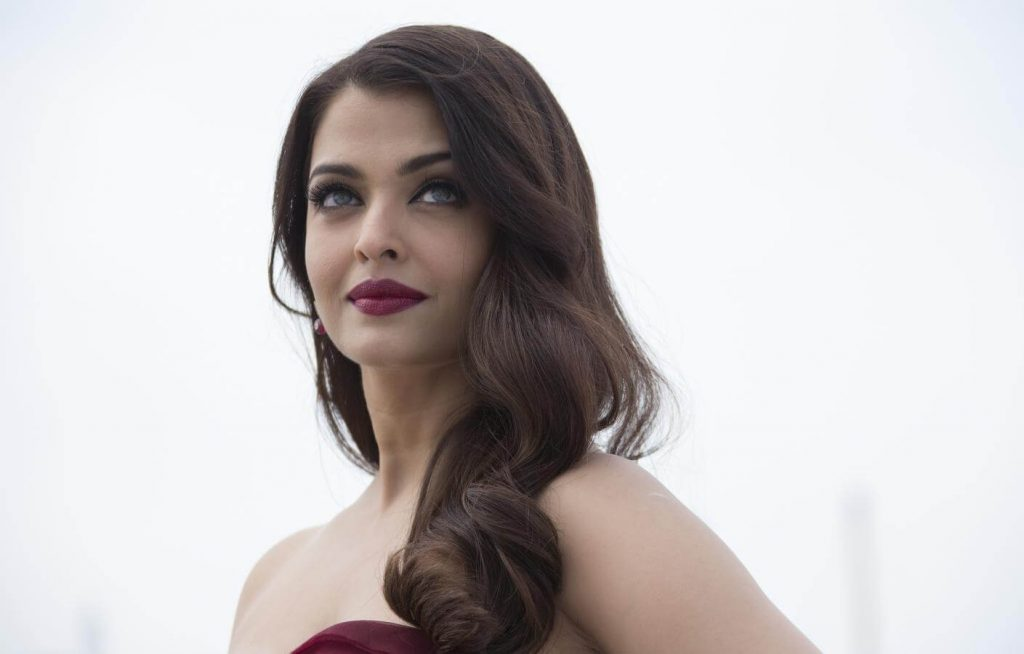 Aishwarya Rai Bachchan Photo(image), Birthdate, Height, Age, Daughter, Net Worth, Biography, Eyes, Family, Husband, Wedding, Brother, Father, History, Twitter, Instagram, Facebook, Imdb, Wiki (1 (6)