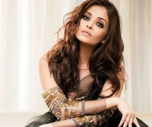 Aishwarya Rai Bachchan Photo(image), Birthdate, Height, Age, Daughter, Net Worth, Biography, Eyes, Family, Husband, Wedding, Brother, Father, History, Twitter, Instagram, Facebook, Imdb, Wiki (1 (63)
