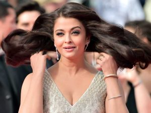 Aishwarya Rai Bachchan Photo(image), Birthdate, Height, Age, Daughter, Net Worth, Biography, Eyes, Family, Husband, Wedding, Brother, Father, History, Twitter, Instagram, Facebook, Imdb, Wiki (1 (64)