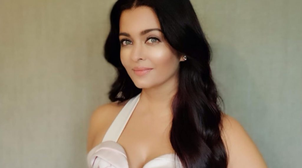 Aishwarya Rai Bachchan Photo(image), Birthdate, Height, Age, Daughter, Net Worth, Biography, Eyes, Family, Husband, Wedding, Brother, Father, History, Twitter, Instagram, Facebook, Imdb, Wiki (1 (89)