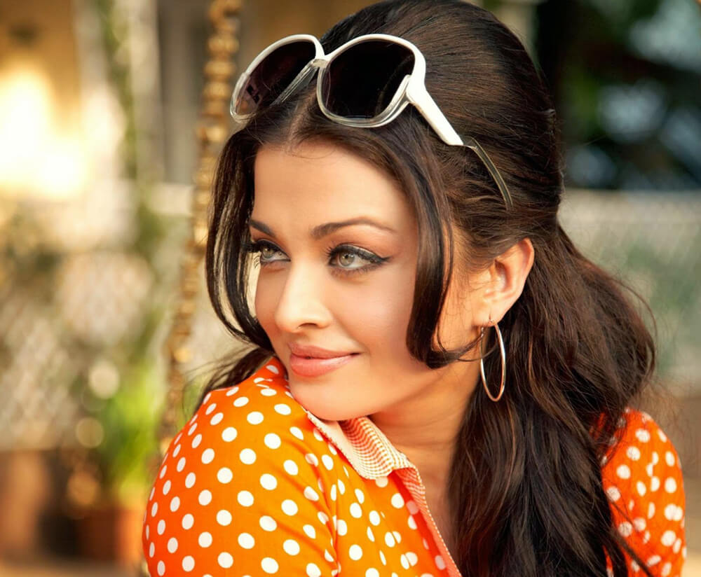Aishwarya Rai Bachchan Photo(image), Birthdate, Height, Age, Daughter, Net Worth, Biography, Eyes, Family, Husband, Wedding, Brother, Father, History, Twitter, Instagram, Facebook, Imdb, Wiki (1 (99)