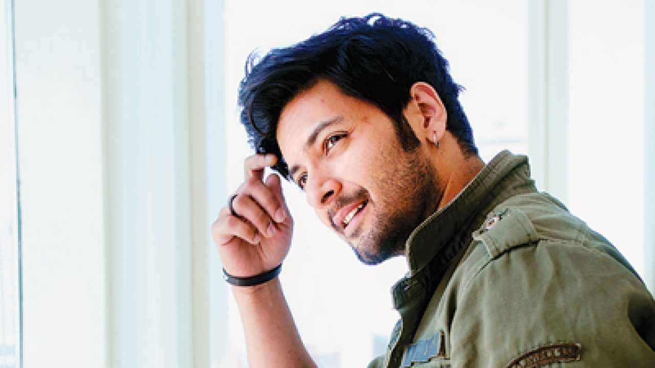 Ali Fazal Wife, Photos(images), Height, Age, Biography, Education, Net Worth, Family, Hairstyle, Date Of Birth, Details, Brother, Instagram, Twitter, Facebook, Wiki, Imdb (10)