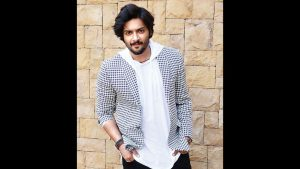 Ali Fazal Wife, Photos(images), Height, Age, Biography, Education, Net Worth, Family, Hairstyle, Date Of Birth, Details, Brother, Instagram, Twitter, Facebook, Wiki, Imdb (11)