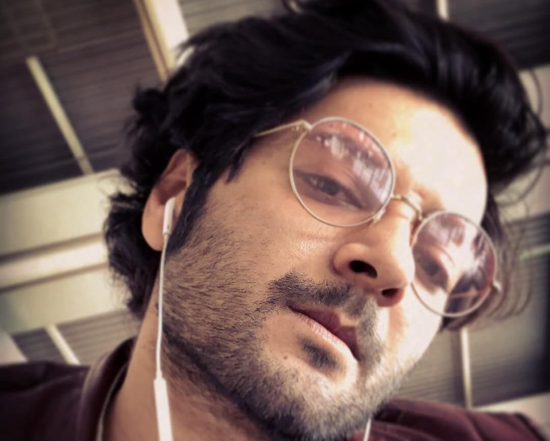 Ali Fazal Wife, Photos(images), Height, Age, Biography, Education, Net Worth, Family, Hairstyle, Date Of Birth, Details, Brother, Instagram, Twitter, Facebook, Wiki, Imdb (33)