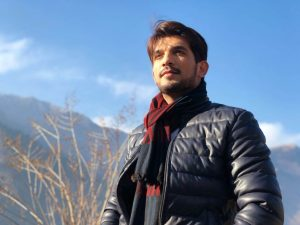 Arjun Bijlani Wife, Age, Son, Photos(image), Biography, Family, Height, Birthday, Sister, Hairstyle, Marriage, Net Worth, Education, Instagram, Twitter, Wiki, Facebook, Imdb (2)