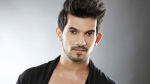 Arjun Bijlani Wife, Age, Son, Photos(image), Biography, Family, Height, Birthday, Sister, Hairstyle, Marriage, Net Worth, Education, Instagram, Twitter, Wiki, Facebook, Imdb (23)
