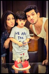 Arjun Bijlani Wife, Age, Son, Photos(image), Biography, Family, Height, Birthday, Sister, Hairstyle, Marriage, Net Worth, Education, Instagram, Twitter, Wiki, Facebook, Imdb (35)