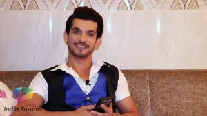 Arjun Bijlani Wife, Age, Son, Photos(image), Biography, Family, Height, Birthday, Sister, Hairstyle, Marriage, Net Worth, Education, Instagram, Twitter, Wiki, Facebook, Imdb (8)