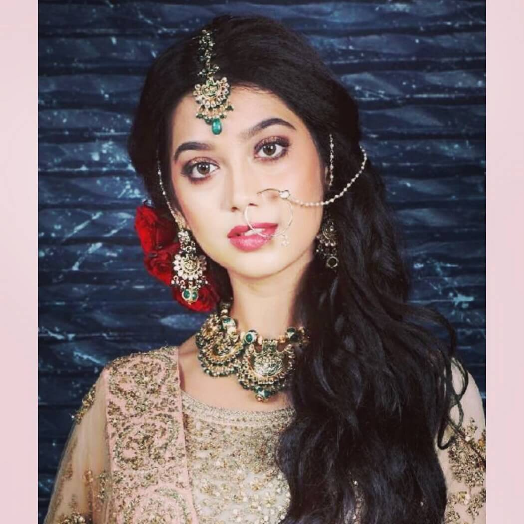 Digangana Suryavanshi Age, Biography, Pic(images), Height, Parents, Father, Date Of Birth, Family, Boyfriend, Hair, Education, Instagram, Wiki, Facebook, Twitter, Imdb (33)
