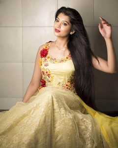 Digangana Suryavanshi Age, Biography, Pic(images), Height, Parents, Father, Date Of Birth, Family, Boyfriend, Hair, Education, Instagram, Wiki, Facebook, Twitter, Imdb (43)