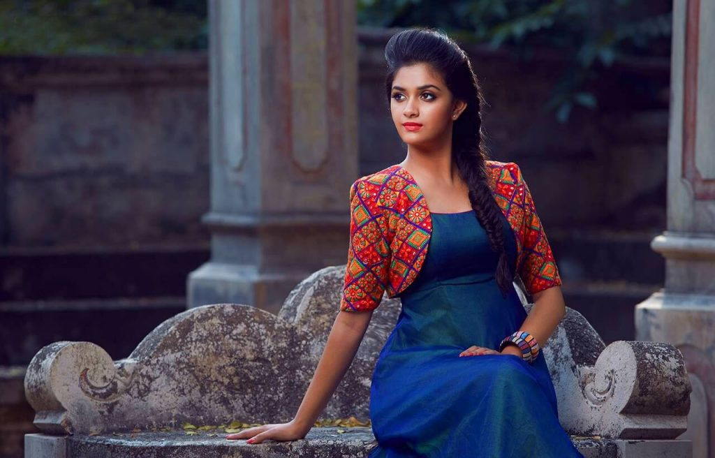 Keerthy Suresh Photos(images), Age, Family, Birthday, Biography, Height, Mother, Father, Details, Husband, Net Worth, Education, Wiki, Twitter, Facebook, Website, Imdb, Instagram (15)
