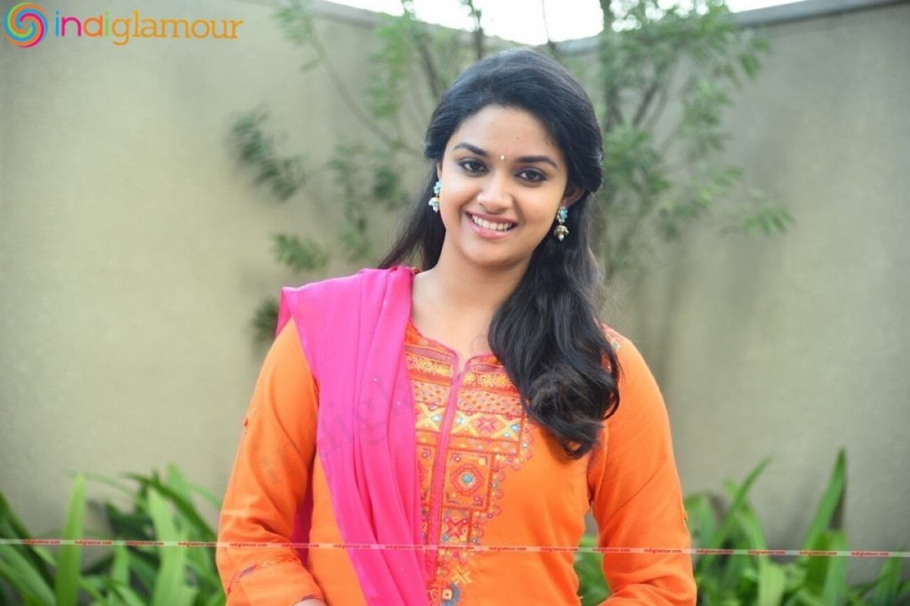 Keerthy Suresh Photos(images), Age, Family, Birthday, Biography, Height, Mother, Father, Details, Husband, Net Worth, Education, Wiki, Twitter, Facebook, Website, Imdb, Instagram (18)