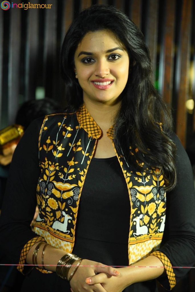 Keerthy Suresh Photos(images), Age, Family, Birthday, Biography, Height, Mother, Father, Details, Husband, Net Worth, Education, Wiki, Twitter, Facebook, Website, Imdb, Instagram (19)