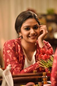 Keerthy Suresh Photos(images), Age, Family, Birthday, Biography, Height, Mother, Father, Details, Husband, Net Worth, Education, Wiki, Twitter, Facebook, Website, Imdb, Instagram (22)