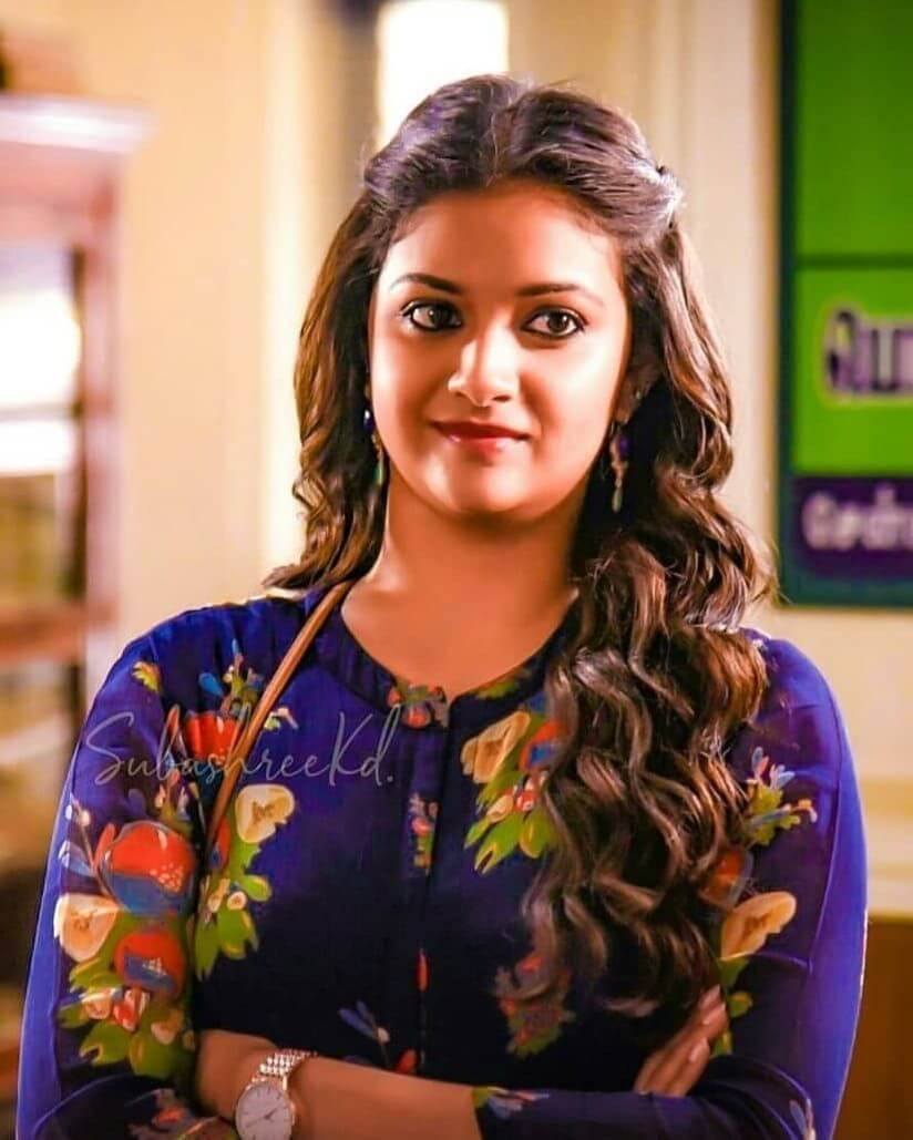 Keerthy Suresh Photos(images), Age, Family, Birthday, Biography, Height, Mother, Father, Details, Husband, Net Worth, Education, Wiki, Twitter, Facebook, Website, Imdb, Instagram (24)