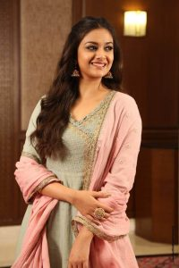 Keerthy Suresh Photos(images), Age, Family, Birthday, Biography, Height, Mother, Father, Details, Husband, Net Worth, Education, Wiki, Twitter, Facebook, Website, Imdb, Instagram (26)
