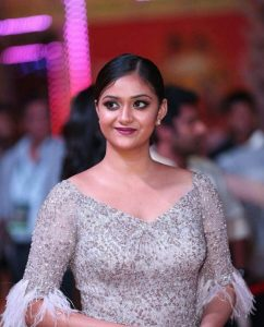 Keerthy Suresh Photos(images), Age, Family, Birthday, Biography, Height, Mother, Father, Details, Husband, Net Worth, Education, Wiki, Twitter, Facebook, Website, Imdb, Instagram (29)