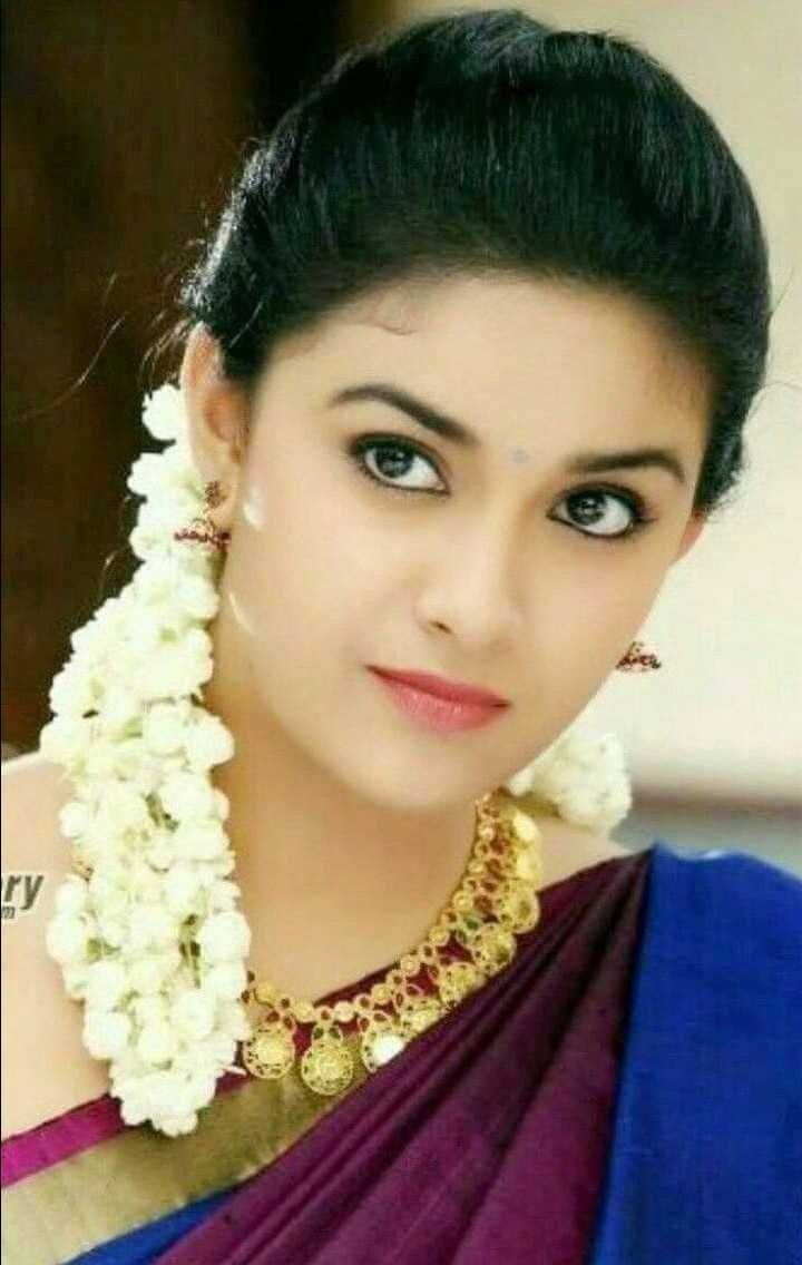 Keerthy Suresh Photos(images), Age, Family, Birthday, Biography, Height, Mother, Father, Details, Husband, Net Worth, Education, Wiki, Twitter, Facebook, Website, Imdb, Instagram (33)
