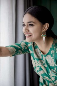 Keerthy Suresh Photos(images), Age, Family, Birthday, Biography, Height, Mother, Father, Details, Husband, Net Worth, Education, Wiki, Twitter, Facebook, Website, Imdb, Instagram (37)