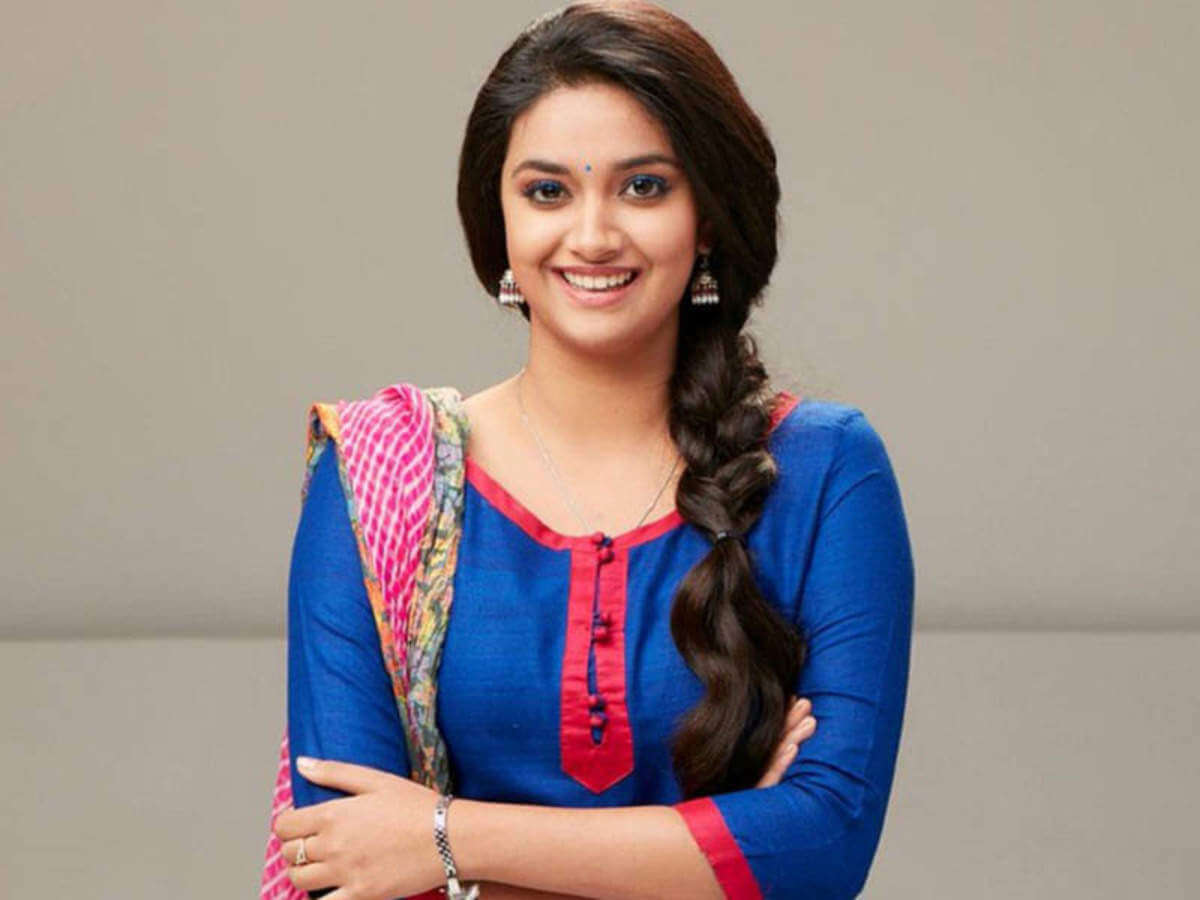 Keerthy Suresh Photos(images), Age, Family, Birthday, Biography, Height, Mother, Father, Details, Husband, Net Worth, Education, Wiki, Twitter, Facebook, Website, Imdb, Instagram (38)