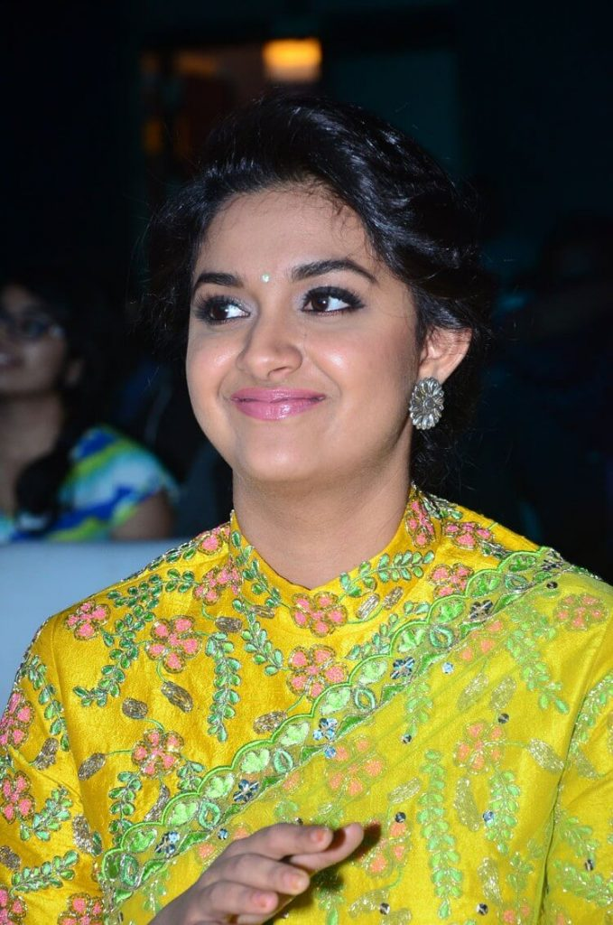 Keerthy Suresh Photos(images), Age, Family, Birthday, Biography, Height, Mother, Father, Details, Husband, Net Worth, Education, Wiki, Twitter, Facebook, Website, Imdb, Instagram (43)