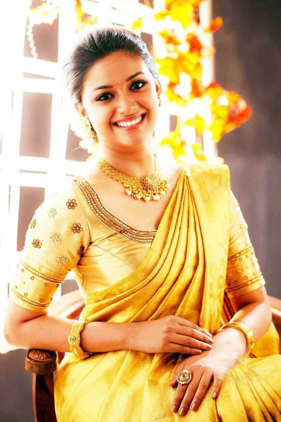 Keerthy Suresh Photos(images), Age, Family, Birthday, Biography, Height, Mother, Father, Details, Husband, Net Worth, Education, Wiki, Twitter, Facebook, Website, Imdb, Instagram (58)