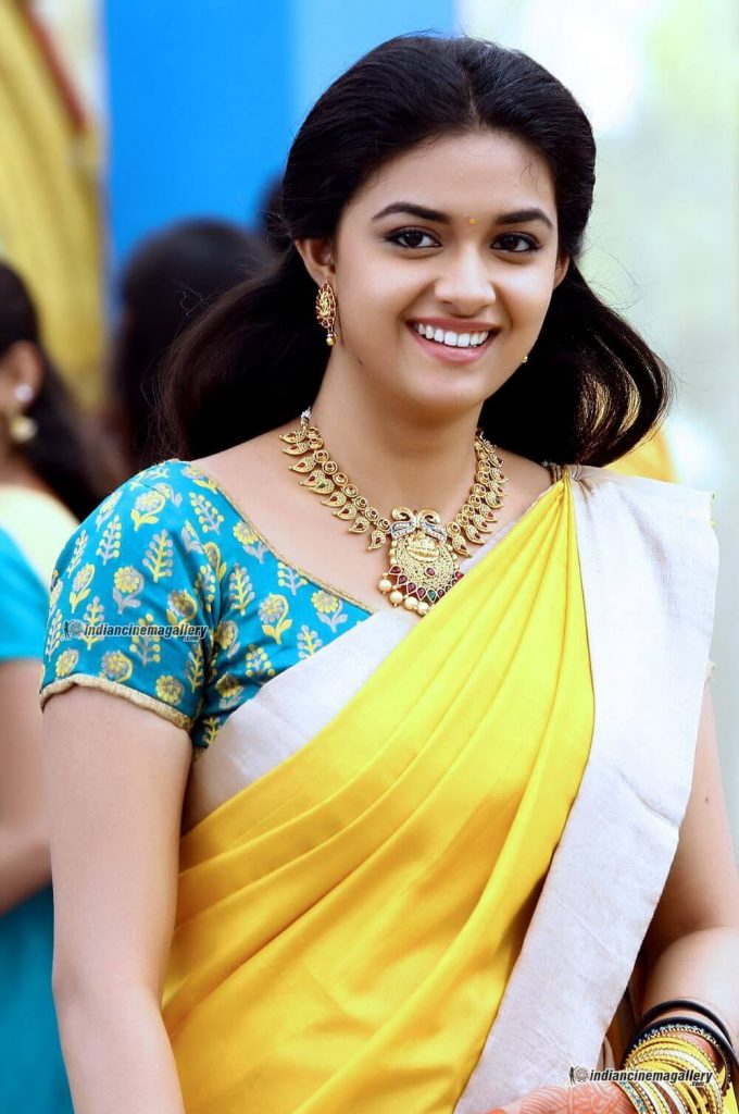 Keerthy Suresh Photos(images), Age, Family, Birthday, Biography, Height, Mother, Father, Details, Husband, Net Worth, Education, Wiki, Twitter, Facebook, Website, Imdb, Instagram (6)