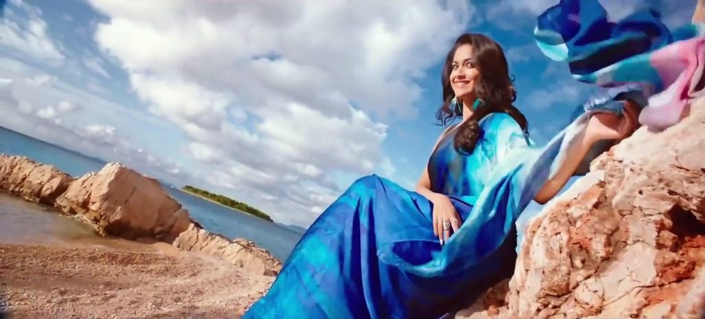Keerthy Suresh Photos(images), Age, Family, Birthday, Biography, Height, Mother, Father, Details, Husband, Net Worth, Education, Wiki, Twitter, Facebook, Website, Imdb, Instagram (90)