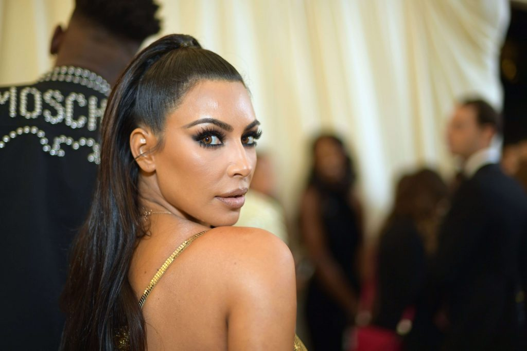 Kim Kardashian Net Worth, Kids, Age, Height, Birthday, Wedding, Family, Photos(images), Education, Husband, Biography, Details, Instagram, Wiki, Facebook, House, Twitter, Imdb, Youtube, Websi ( (48)