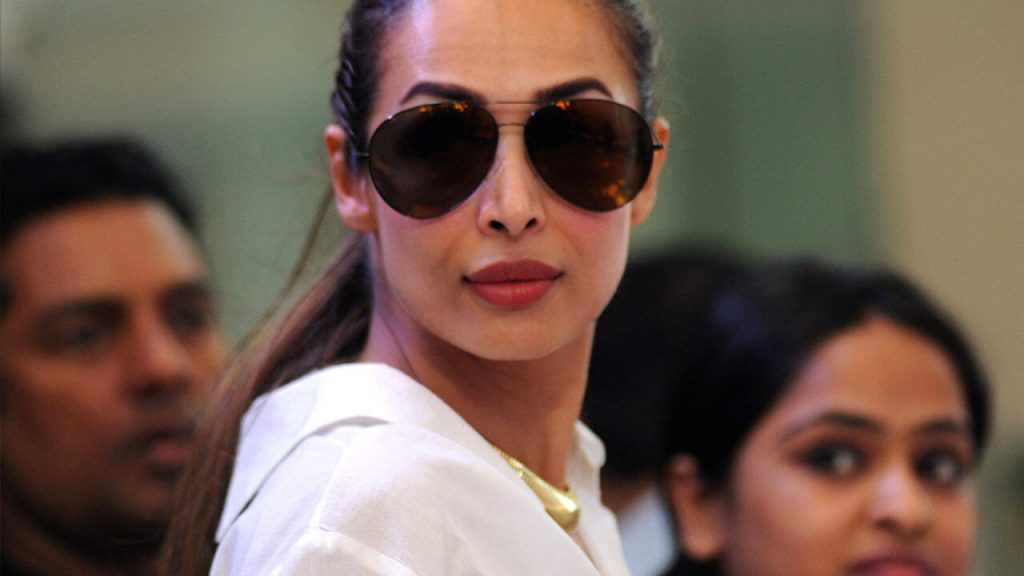 Malaika Arora Khan Biography, Husband, Age, Height, Child, Sister, Date Of Birth, Images(photo), Marriage, Net Worth, Family, Daughter, Instagram, Twitter, Wiki, Facebook, Details, Awards, Imd ( (44)
