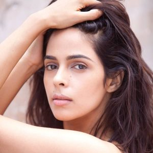Mallika Sherawat Family, Marriage, Husband Name, Age, Height, Wallpapers, Birthday, Biography, Details, Birthplace, Instagram, Wiki, Imdb, Twitter, Youtube, Facebook, Awards, Website (21)