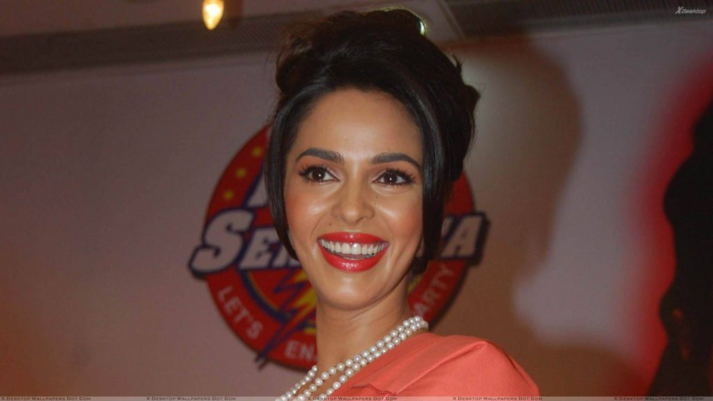 Mallika Sherawat Family, Marriage, Husband Name, Age, Height, Wallpapers, Birthday, Biography, Details, Birthplace, Instagram, Wiki, Imdb, Twitter, Youtube, Facebook, Awards, Website (28)