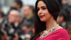 Mallika Sherawat Family, Marriage, Husband Name, Age, Height, Wallpapers, Birthday, Biography, Details, Birthplace, Instagram, Wiki, Imdb, Twitter, Youtube, Facebook, Awards, Website (31)