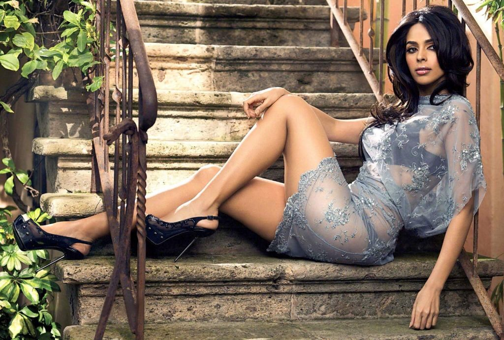 Mallika Sherawat Family, Marriage, Husband Name, Age, Height, Wallpapers, Birthday, Biography, Details, Birthplace, Instagram, Wiki, Imdb, Twitter, Youtube, Facebook, Awards, Website (59)