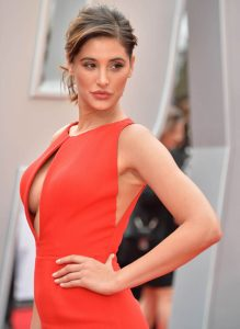 Nargis Fakhri Age, Husband, Height, Biography, Images(photos), Net Worth, Date Of Birth, Family, Wiki, Married, Fb, Instagram, Nationality, Education, Twitter, Imdb, Website, Youtube (17)
