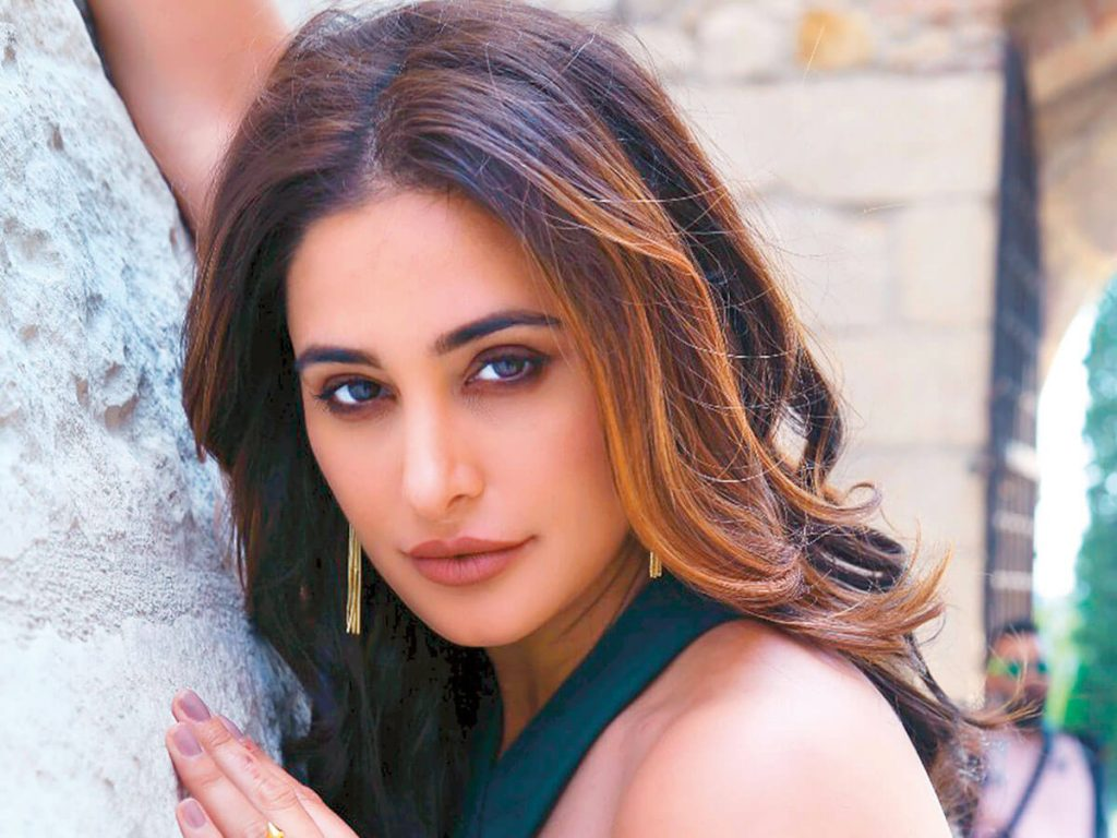 Nargis Fakhri Age, Husband, Height, Biography, Images(photos), Net Worth, Date Of Birth, Family, Wiki, Married, Fb, Instagram, Nationality, Education, Twitter, Imdb, Website, Youtube (58)