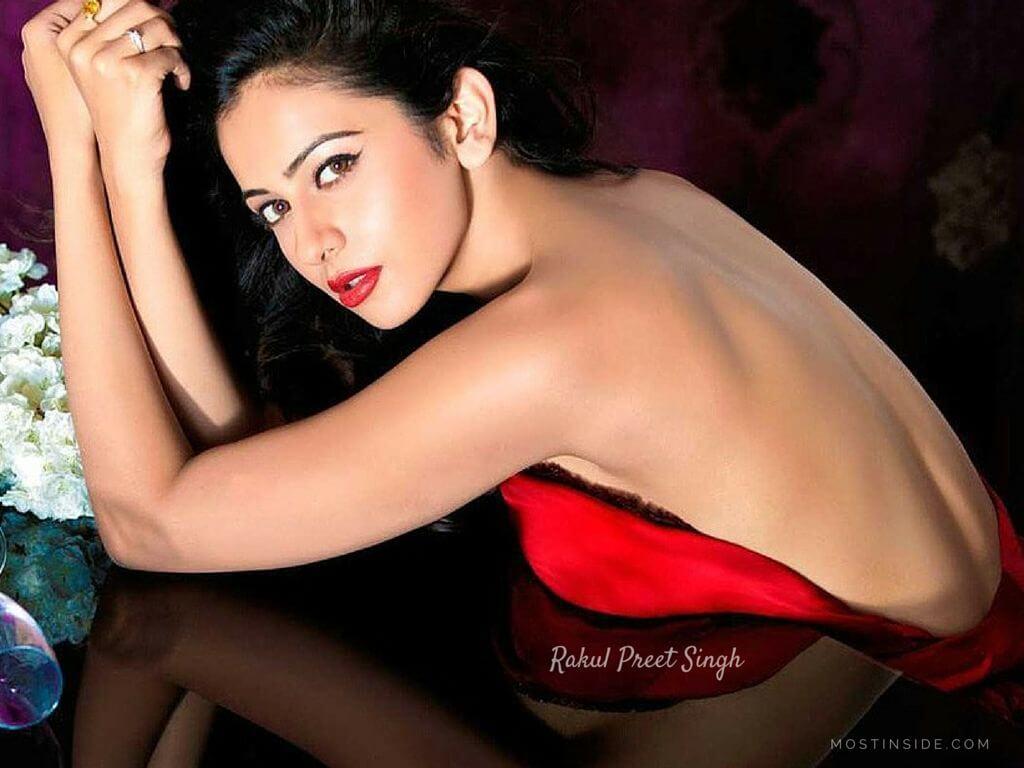 Rakul Preet Singh Photos(images), Birthday, Boyfriend, Net Worth, Height, Biography, Awards, Family, Education, Details, Instagram, Twitter, Facebook, Wiki, Imdb, Youtube (78)