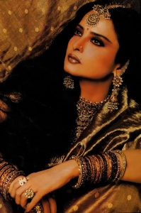 Rekha Age, Husband, Photos(images), Biography, Date Of Birth, Family, Height, Net Worth, Children, Wiki, Instagram, Facebook, Twitter, Education, Youtube, Residence, Awards, Imdb (1)