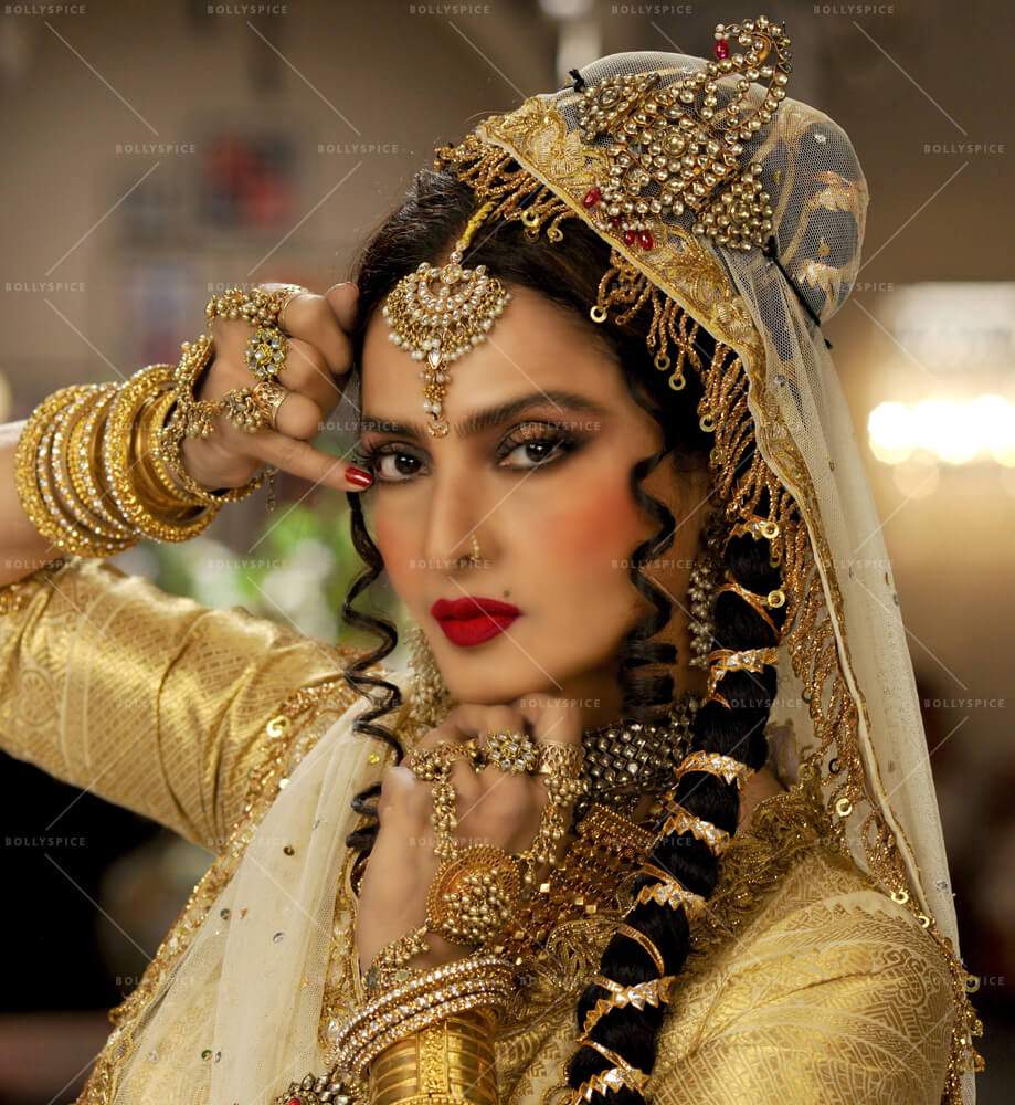 Rekha Age, Husband, Photos(images), Biography, Date Of Birth, Family, Height, Net Worth, Children, Wiki, Instagram, Facebook, Twitter, Education, Youtube, Residence, Awards, Imdb (11)