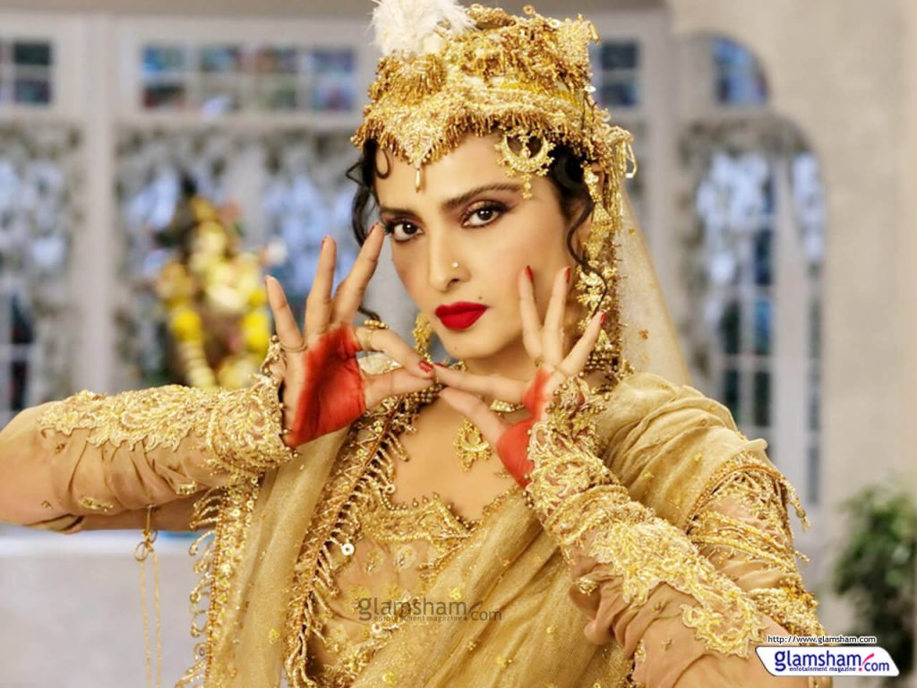 Rekha Age, Husband, Photos(images), Biography, Date Of Birth, Family, Height, Net Worth, Children, Wiki, Instagram, Facebook, Twitter, Education, Youtube, Residence, Awards, Imdb (15)