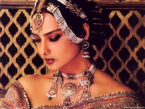 Rekha Age, Husband, Photos(images), Biography, Date Of Birth, Family, Height, Net Worth, Children, Wiki, Instagram, Facebook, Twitter, Education, Youtube, Residence, Awards, Imdb (23)