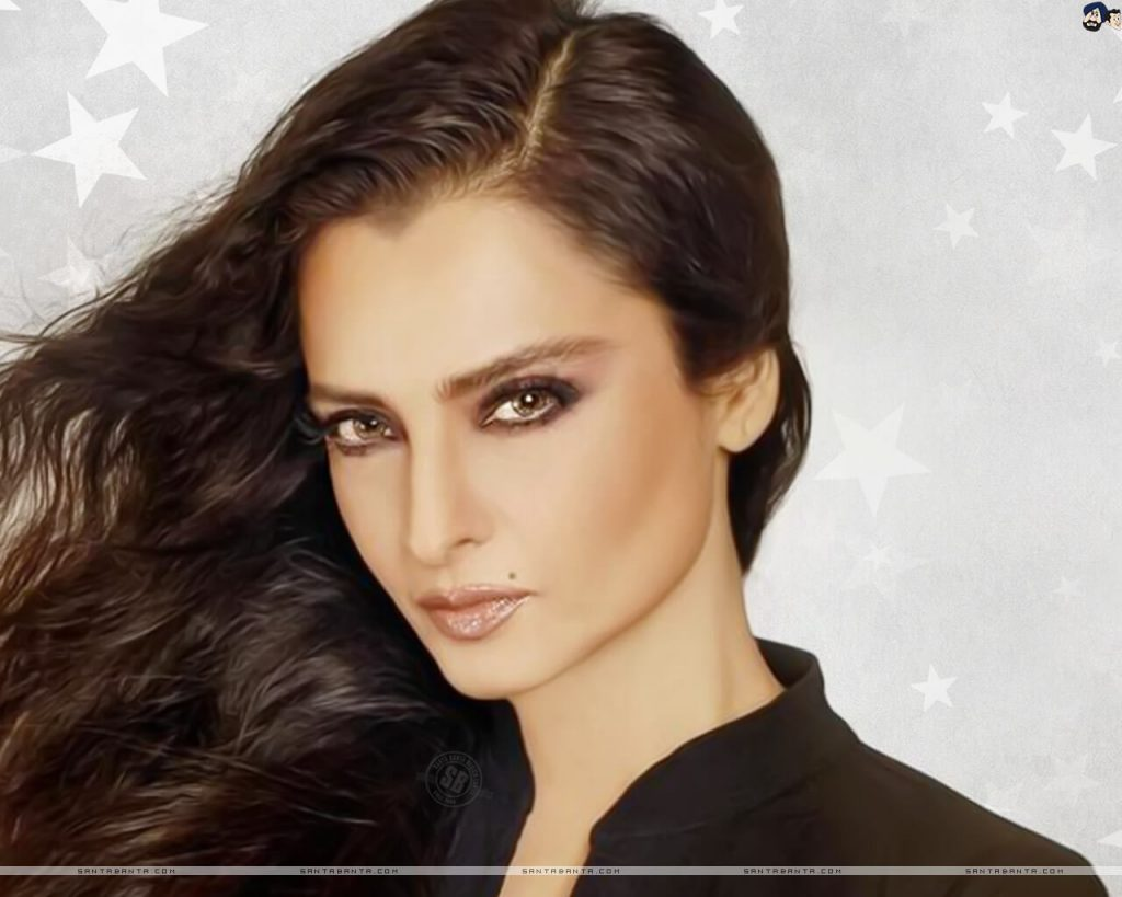Rekha Age, Husband, Photos(images), Biography, Date Of Birth, Family, Height, Net Worth, Children, Wiki, Instagram, Facebook, Twitter, Education, Youtube, Residence, Awards, Imdb (28)