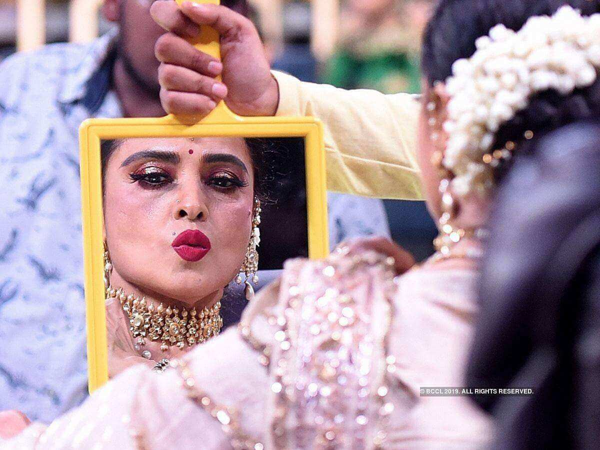Rekha Age, Husband, Photos(images), Biography, Date Of Birth, Family, Height, Net Worth, Children, Wiki, Instagram, Facebook, Twitter, Education, Youtube, Residence, Awards, Imdb (29)