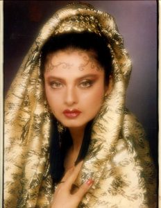 Rekha Age, Husband, Photos(images), Biography, Date Of Birth, Family, Height, Net Worth, Children, Wiki, Instagram, Facebook, Twitter, Education, Youtube, Residence, Awards, Imdb (34)