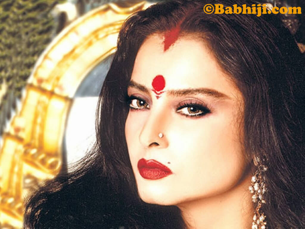 Rekha Age, Husband, Photos(images), Biography, Date Of Birth, Family, Height, Net Worth, Children, Wiki, Instagram, Facebook, Twitter, Education, Youtube, Residence, Awards, Imdb (36)