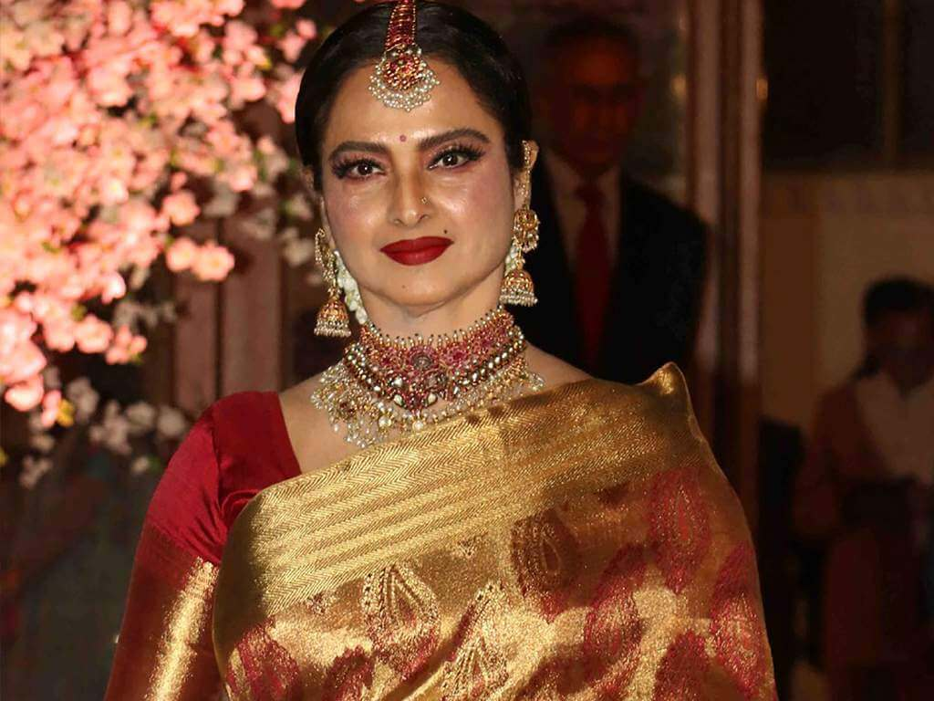 Rekha Age, Husband, Photos(images), Biography, Date Of Birth, Family, Height, Net Worth, Children, Wiki, Instagram, Facebook, Twitter, Education, Youtube, Residence, Awards, Imdb (44)