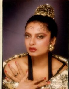 Rekha Age, Husband, Photos(images), Biography, Date Of Birth, Family, Height, Net Worth, Children, Wiki, Instagram, Facebook, Twitter, Education, Youtube, Residence, Awards, Imdb (47)