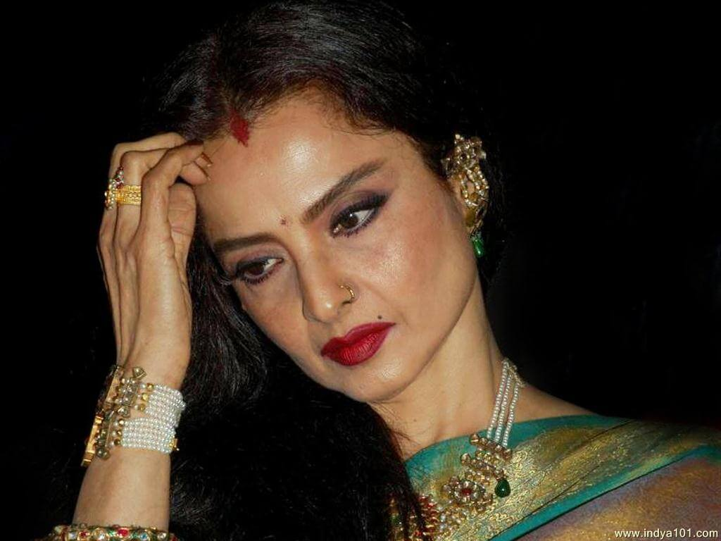 Rekha Age, Husband, Photos(images), Biography, Date Of Birth, Family, Height, Net Worth, Children, Wiki, Instagram, Facebook, Twitter, Education, Youtube, Residence, Awards, Imdb (58)